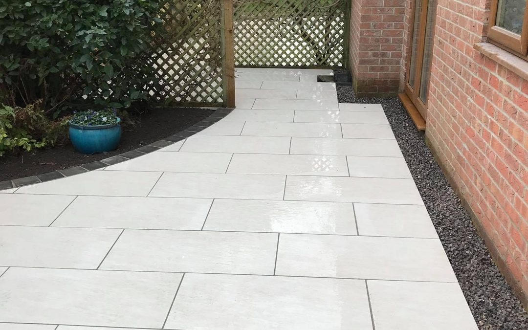 Alpine 900×450 patio