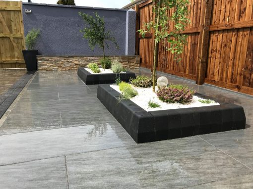 Ardesia Dark Grey Vitrified Porcelain Paving