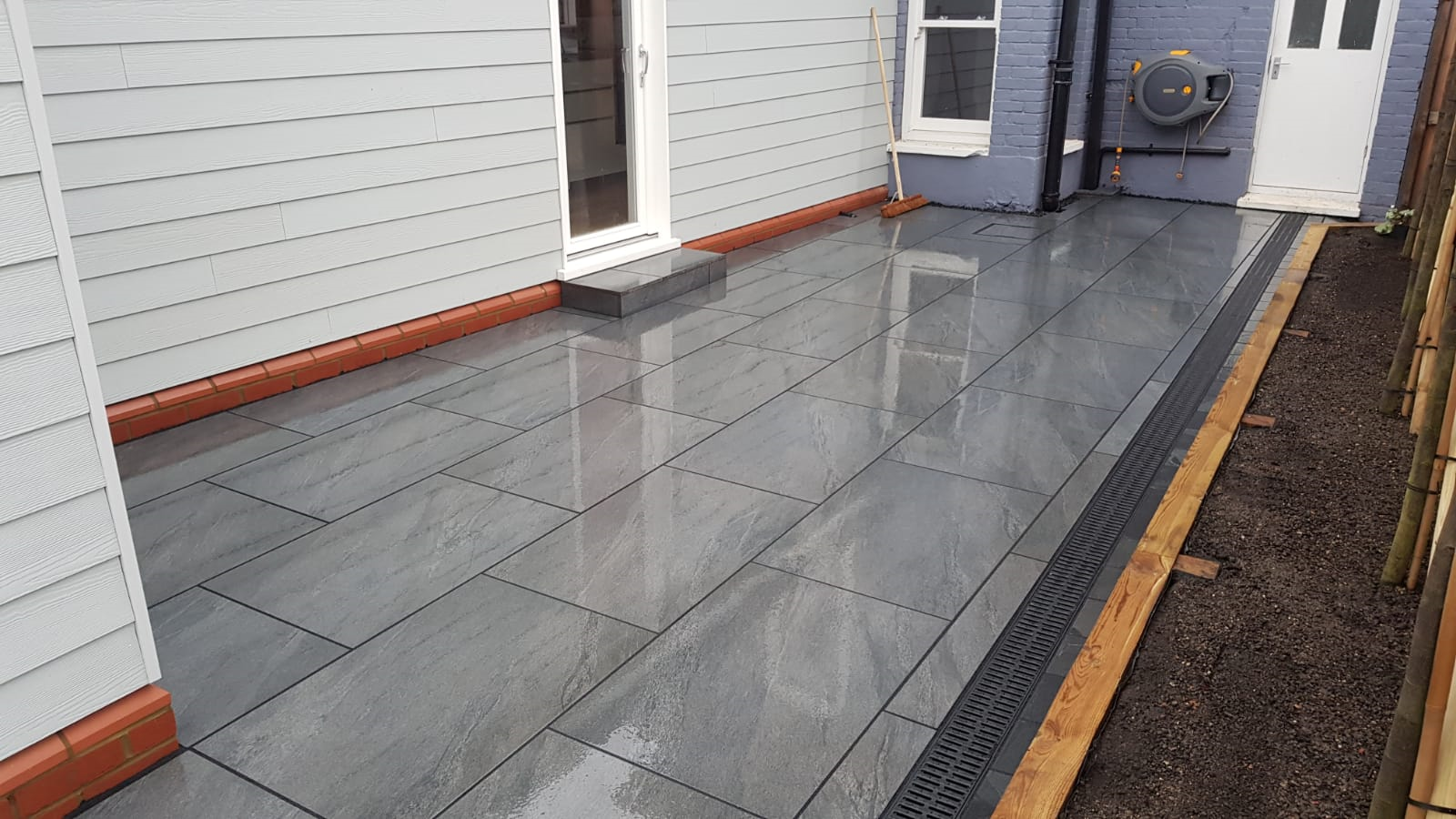 Anthracite Porcelain Paving 900×600 | Perfect Pave Ltd