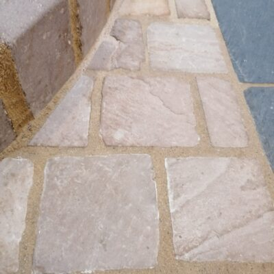 Raj green 140×140 cobble setts