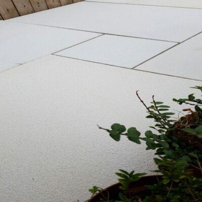 Textured mint sawn edge sandstone
